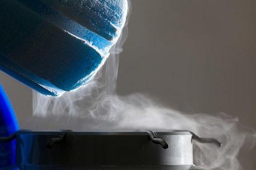 Что нужно знать о жидком азоте: свойства, правила перевозки и хранения